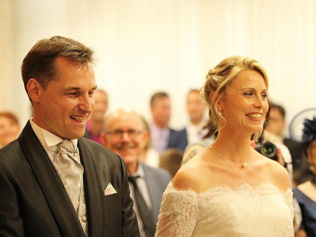 Le mariage de Cyrille et Myriam à Aiffres, Deux-Sèvres 2