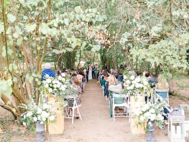Le mariage de Glenn et Louisa à Vichy, Allier 29