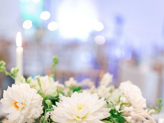 Le mariage de Glenn et Louisa à Vichy, Allier 33