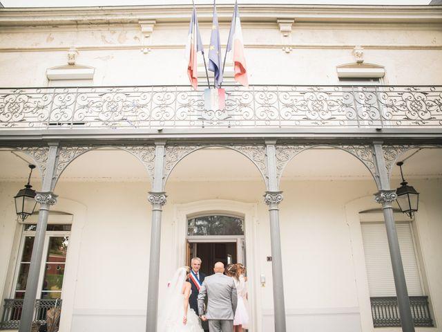 Le mariage de Elie et Gaëlle à Saint-Martin-la-Plaine, Loire 3