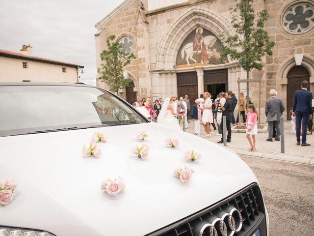 Le mariage de Elie et Gaëlle à Saint-Martin-la-Plaine, Loire 11