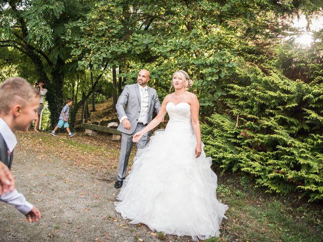 Le mariage de Elie et Gaëlle à Saint-Martin-la-Plaine, Loire 26