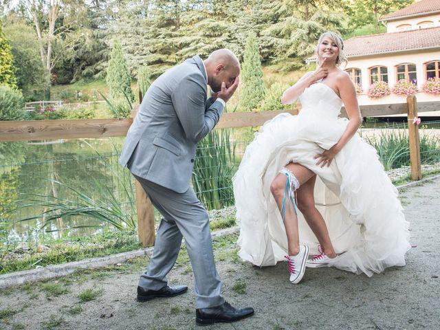 Le mariage de Elie et Gaëlle à Saint-Martin-la-Plaine, Loire 30