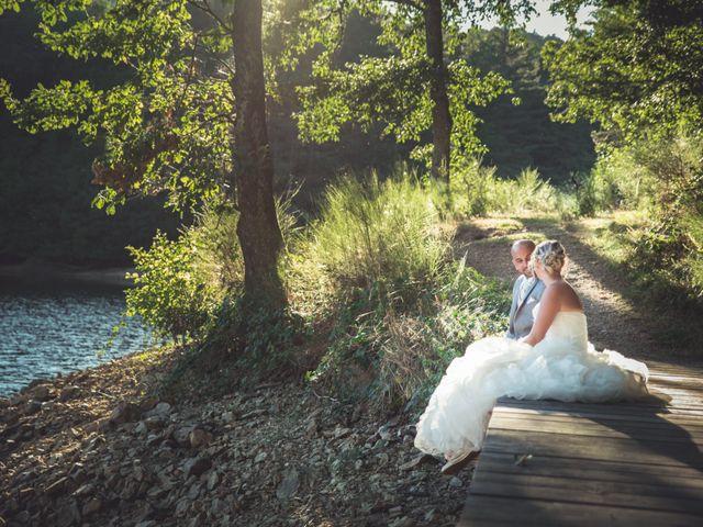 Le mariage de Elie et Gaëlle à Saint-Martin-la-Plaine, Loire 34