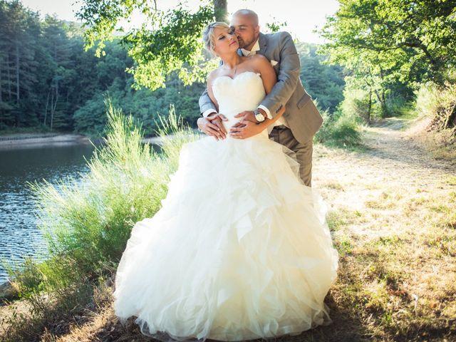 Le mariage de Elie et Gaëlle à Saint-Martin-la-Plaine, Loire 35
