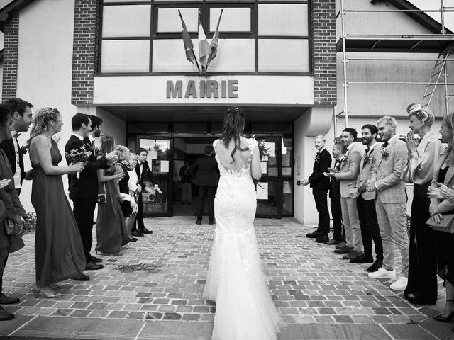 Le mariage de Maxime et Maja à Arnières-sur-Iton, Eure 33