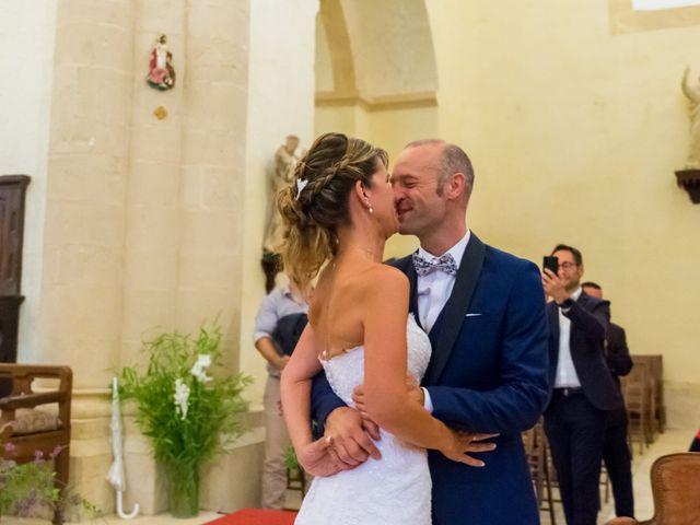 Le mariage de Nicolas et Mélanie à Fenioux, Deux-Sèvres 17
