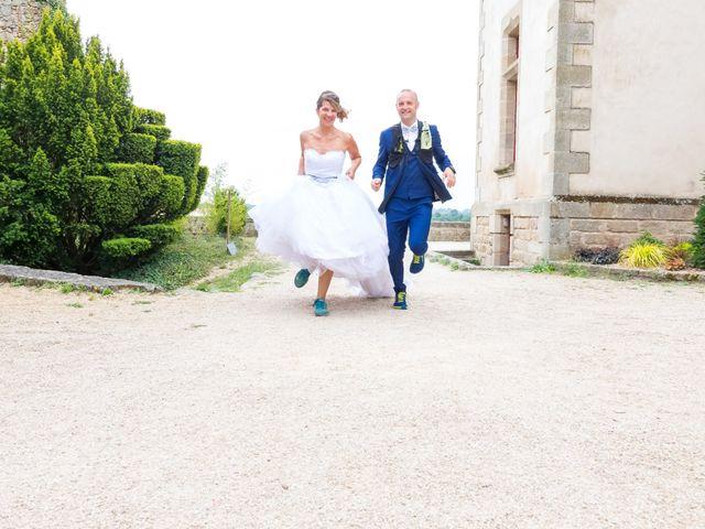 Le mariage de Nicolas et Mélanie à Fenioux, Deux-Sèvres 49