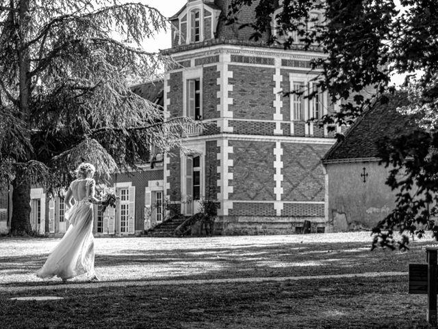 Le mariage de James et Linnea à Villedômer, Indre-et-Loire 44