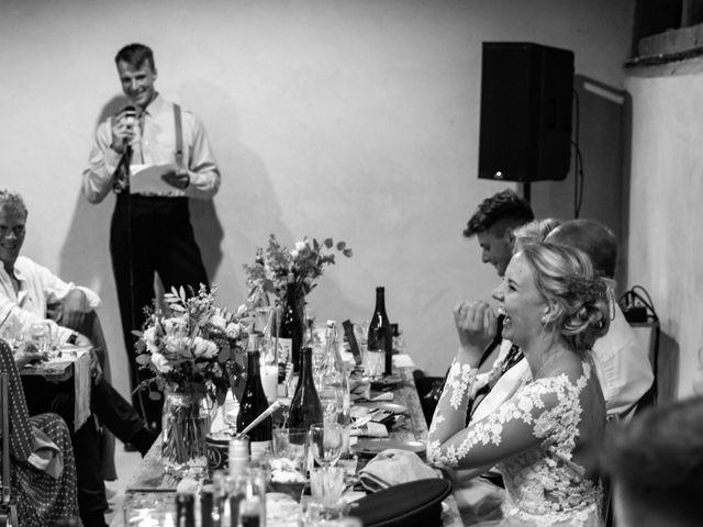 Le mariage de James et Linnea à Villedômer, Indre-et-Loire 77
