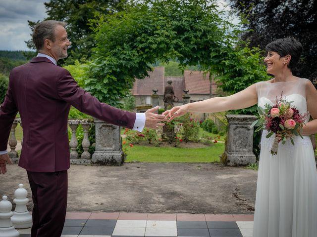 Le mariage de Régis et Alexandra à Lormes, Nièvre 9