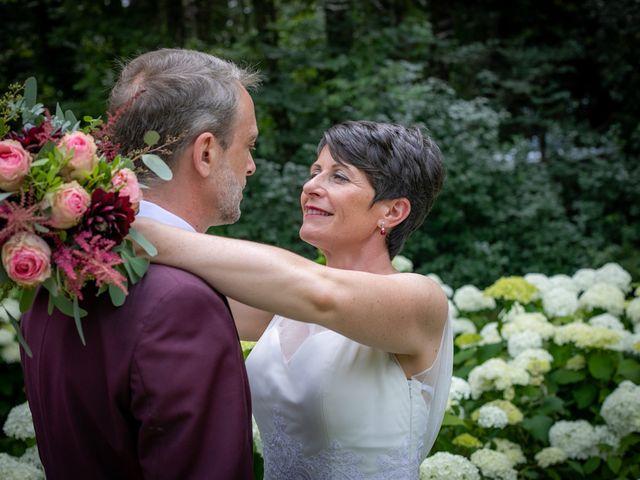 Le mariage de Régis et Alexandra à Lormes, Nièvre 15