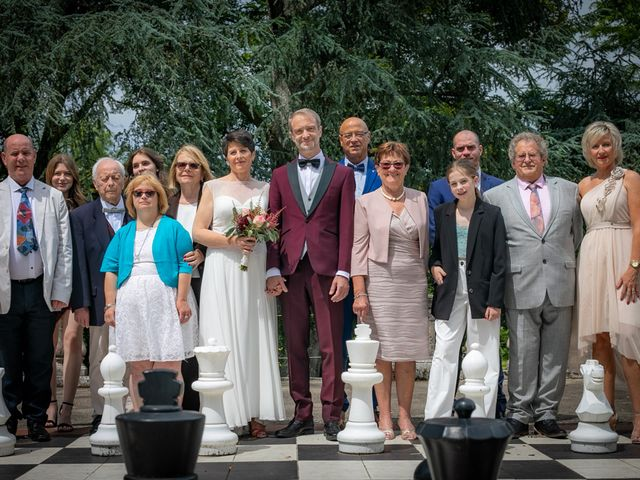 Le mariage de Régis et Alexandra à Lormes, Nièvre 17