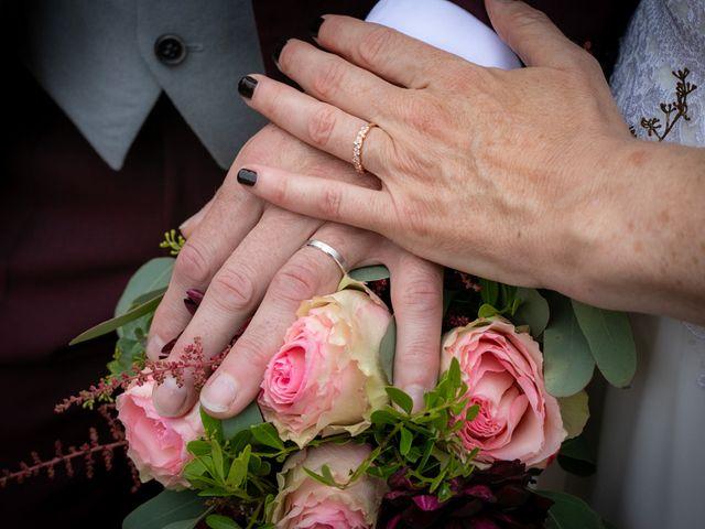 Le mariage de Régis et Alexandra à Lormes, Nièvre 30