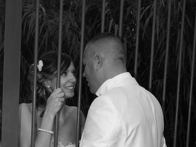 Le mariage de Damien et Julie à Entressen, Bouches-du-Rhône 5