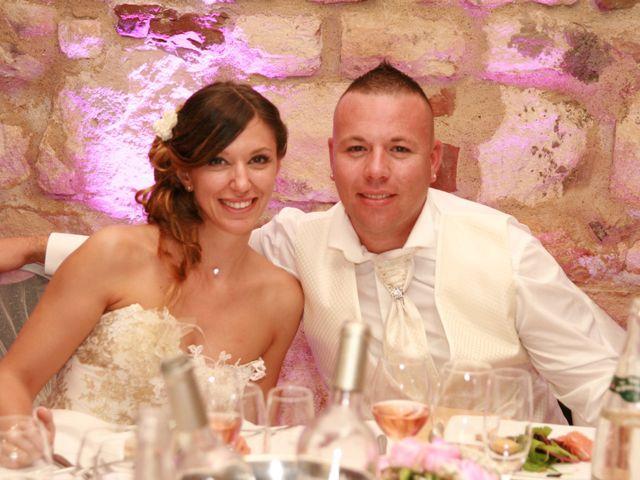 Le mariage de Damien et Julie à Entressen, Bouches-du-Rhône 7