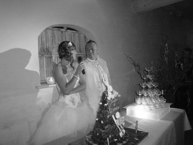 Le mariage de Damien et Julie à Entressen, Bouches-du-Rhône 13