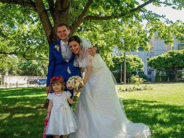 Le mariage de Nicolas et Murielle à Saint-Genis-Laval, Rhône 4
