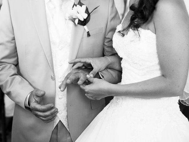 Le mariage de Eric et Delphine à Ordan-Larroque, Gers 8