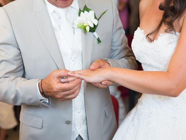 Le mariage de Eric et Delphine à Ordan-Larroque, Gers 10