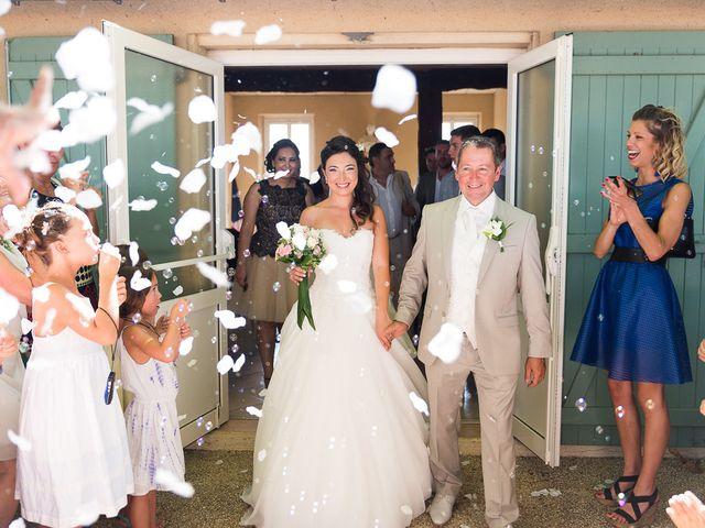 Le mariage de Eric et Delphine à Ordan-Larroque, Gers 15