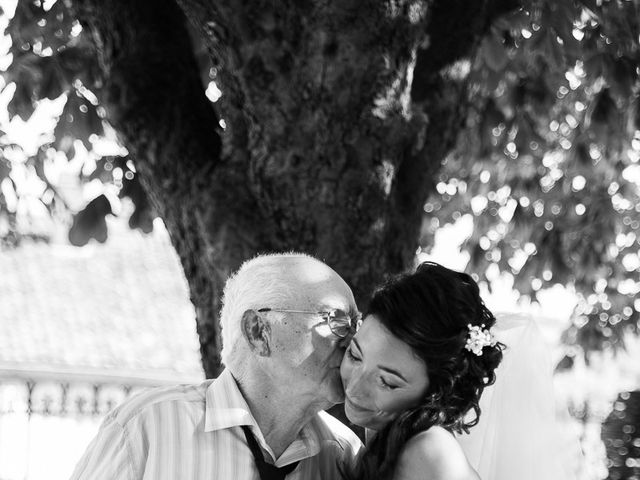 Le mariage de Eric et Delphine à Ordan-Larroque, Gers 17