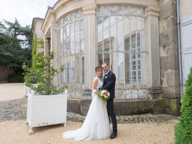 Le mariage de Loïc et Clothilde à Saint-Clair, Ardèche 37