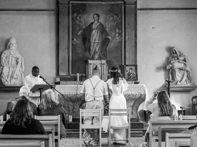 Le mariage de Chris  et Virginie à Piseux, Eure 1