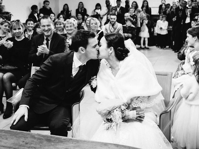 Le mariage de Adrien et Karen à Nébian, Hérault 33