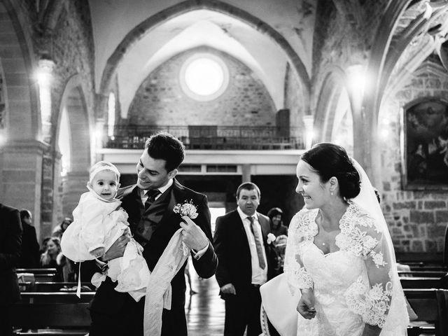 Le mariage de Adrien et Karen à Nébian, Hérault 36