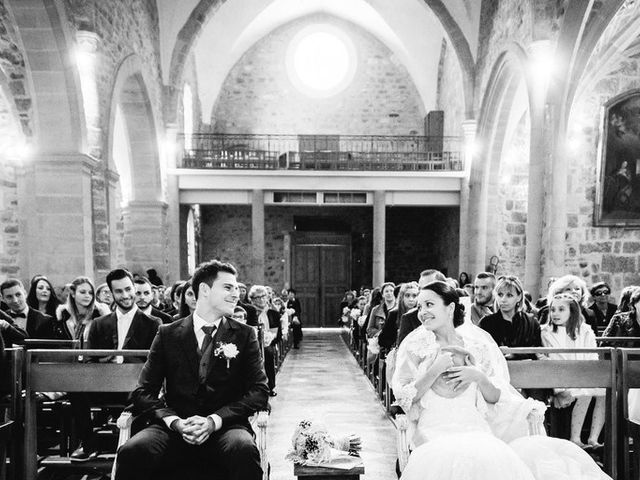 Le mariage de Adrien et Karen à Nébian, Hérault 60