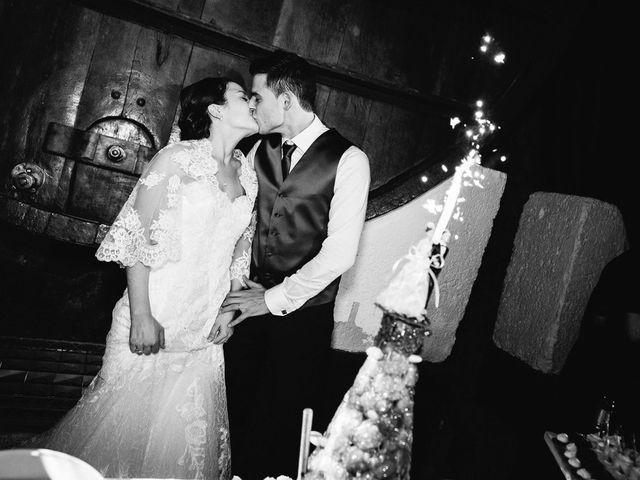 Le mariage de Adrien et Karen à Nébian, Hérault 120