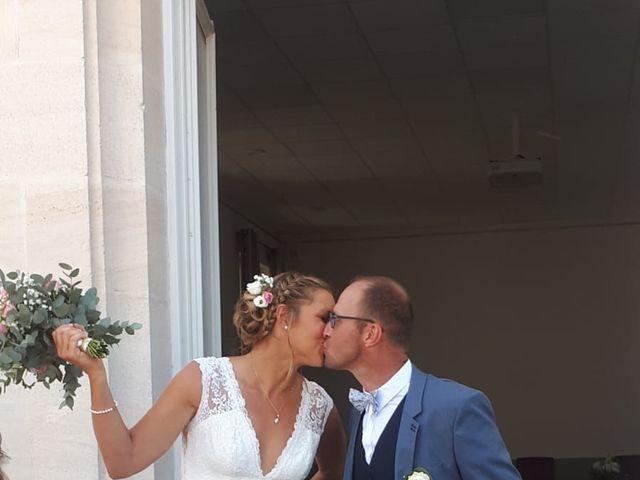 Le mariage de Laurent  et Julie à Lanton, Gironde 3