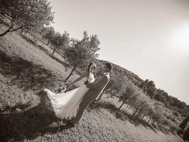 Le mariage de Julian et Léna à Limoux, Aude 42