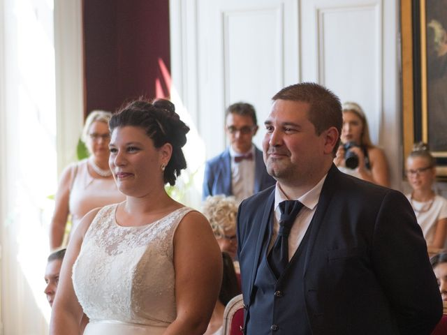 Le mariage de Cédric et Jenny à Châtellerault, Vienne 4