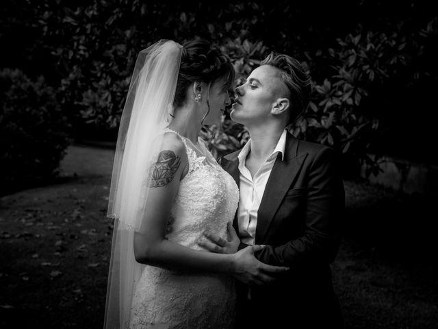 Le mariage de Camille et Stéphanie à Naintré, Vienne 79