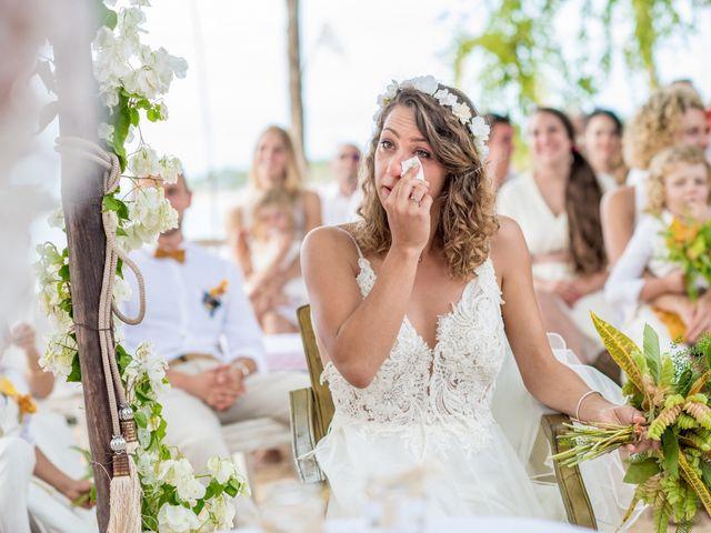 Le mariage de Aurelien et Galina à Saint-Denis, La Réunion 11