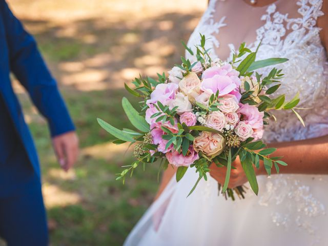 Le mariage de Romain et Sophie Romain  à Charancieu, Isère 5