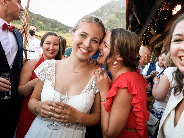 Le mariage de Adrien et Céline à La Clusaz, Haute-Savoie 41