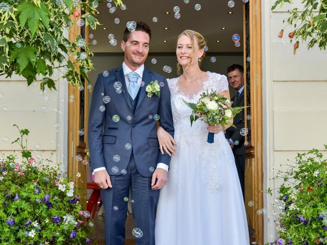 Le mariage de Sébastien et Lucie  à Trilport, Seine-et-Marne 23