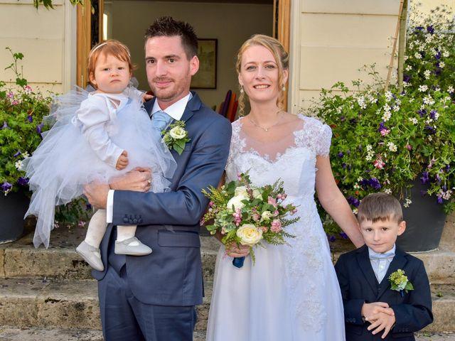 Le mariage de Sébastien et Lucie  à Trilport, Seine-et-Marne 24