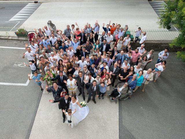 Le mariage de Thibaut et Aurélia à La Bégude-de-Mazenc, Drôme 17
