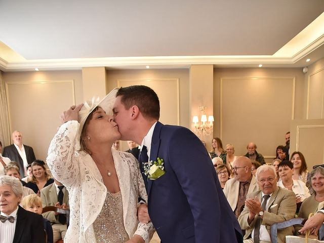 Le mariage de Florent et Mélodie à Savigny-sur-Orge, Essonne 34
