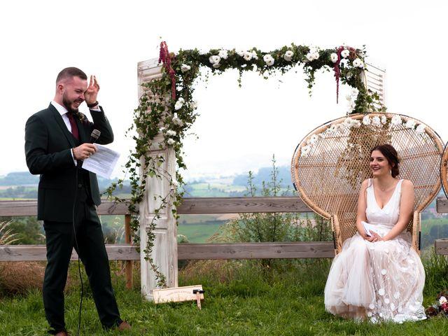 Le mariage de Anthony et Jessica à Saint-Forgeux, Rhône 54