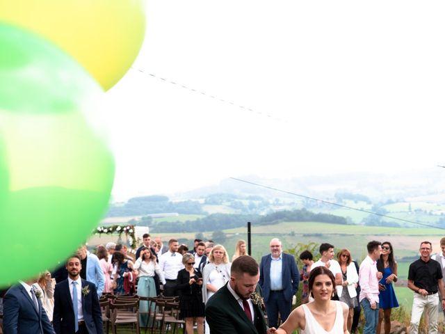 Le mariage de Anthony et Jessica à Saint-Forgeux, Rhône 58