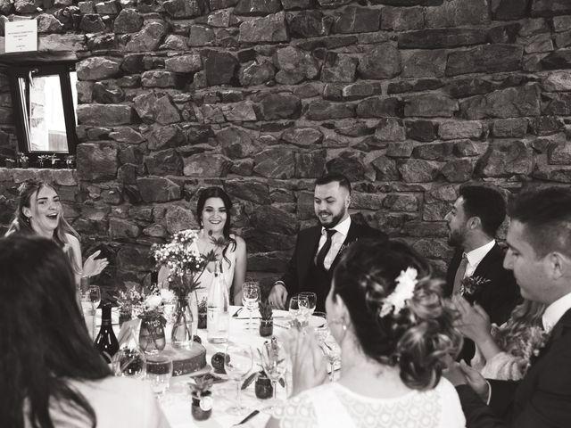 Le mariage de Anthony et Jessica à Saint-Forgeux, Rhône 84