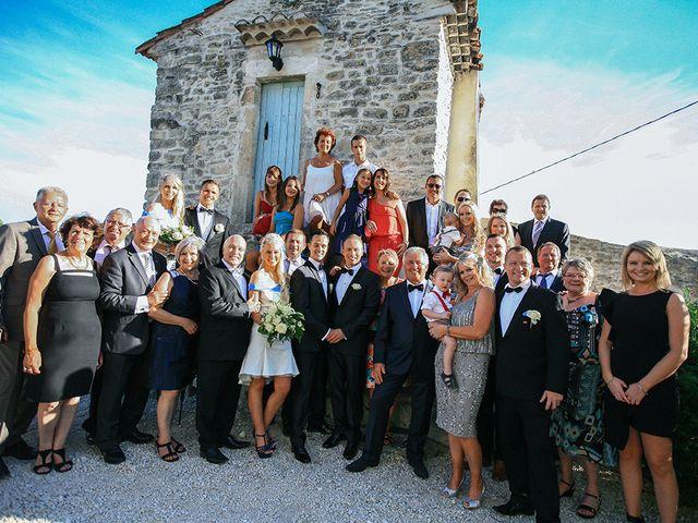 Le mariage de Brett et David à Nîmes, Gard 30
