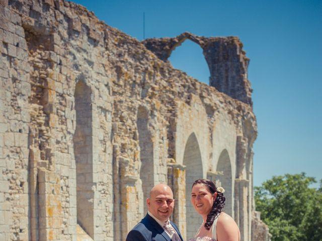 Le mariage de Anthony et Laetitia à La Taillée, Vendée 6