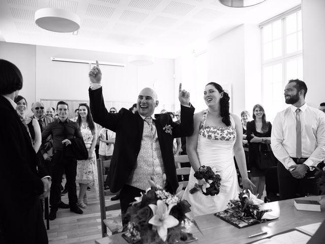Le mariage de Anthony et Laetitia à La Taillée, Vendée 12