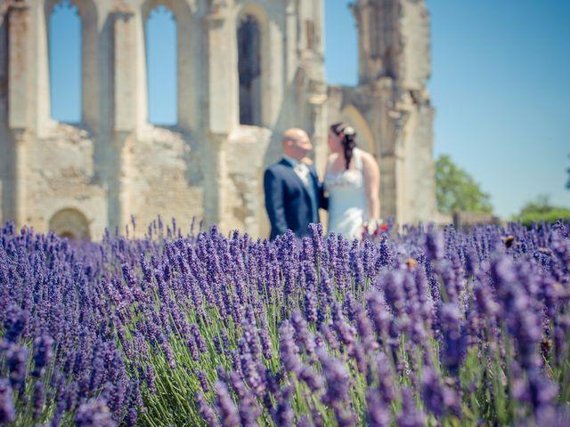 Le mariage de Anthony et Laetitia à La Taillée, Vendée 33